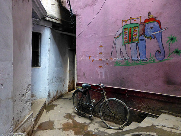 Lane in the Old City (Varanasi)