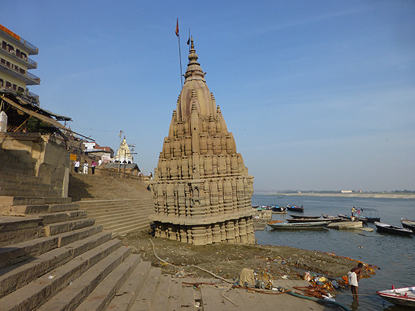 Temple on the Ganges (Varanasi)