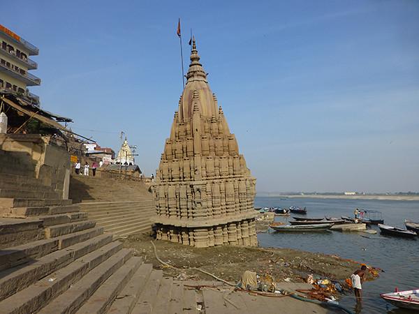 Temple on the Ganges (Varanasi)